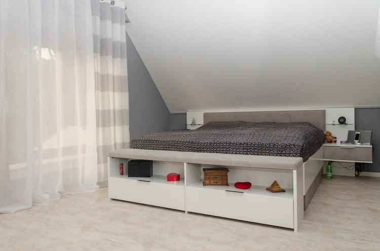 Kundenreferenz – Schlafzimmer Plameco Decke und Design Boden – Buben Raum und Design